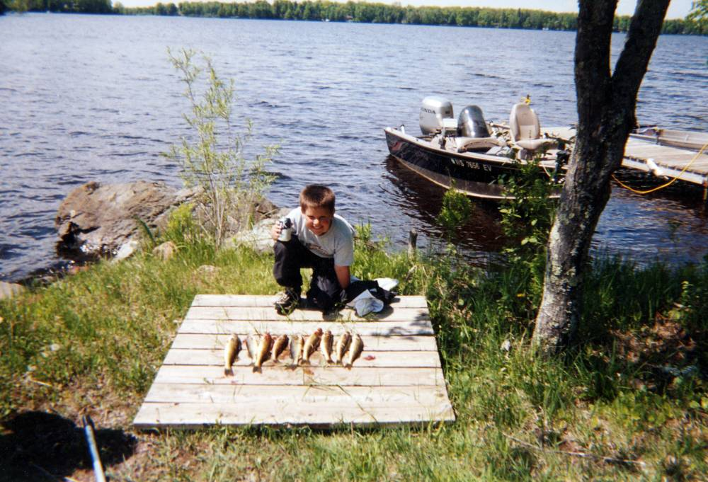 Hayward wisconsin fishing guide services fishing for Fishing cabin rentals wisconsin